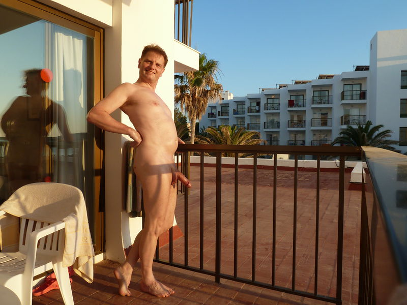 File:HenryTO9+4 - On balcony in holiday 1.jpeg