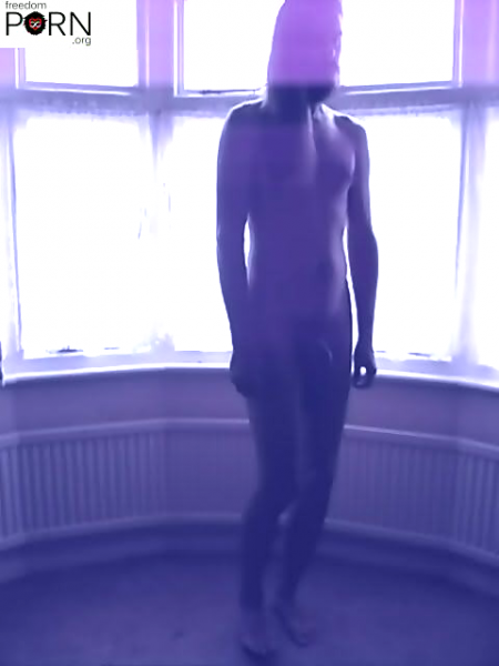 File:Volodya - depressed nude dancing android.preview.png